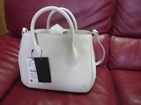 ZARAのバッグ3