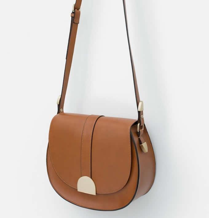 ZARAのバッグ4