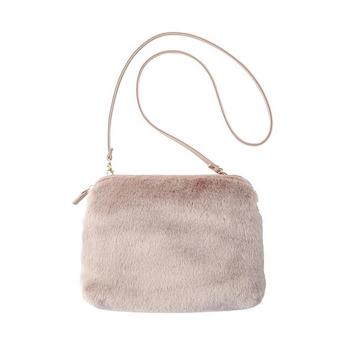 GUのバッグ・鞄7