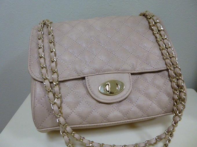 GUのバッグ・鞄3